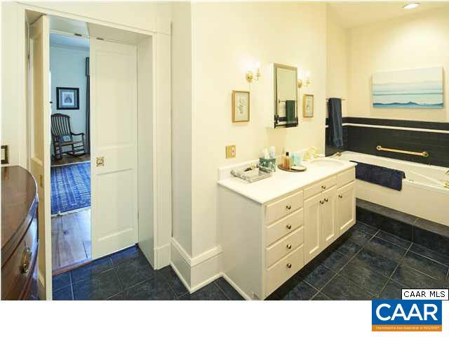 Additional photo for property listing at 102 NEALA Lane  Madison, Virginia 22727 United States