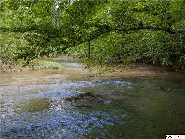 Land for Sale at HAWK'S CREST Lane Scottsville, Virginia 24590 United States