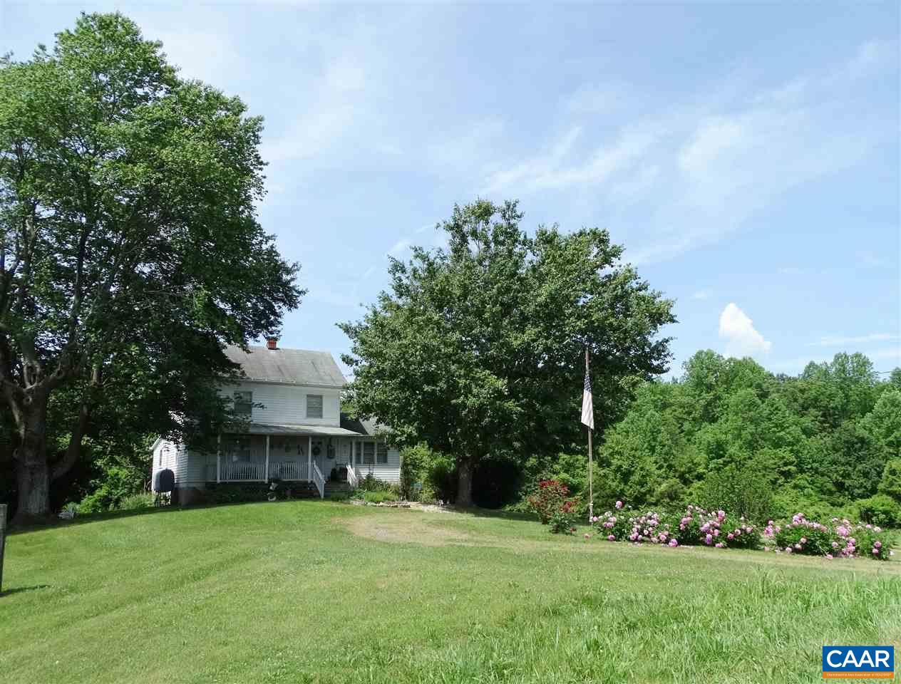 Single Family Home for Sale at 4253 S BLUE RIDGE TPK Rochelle, Virginia 22738 United States