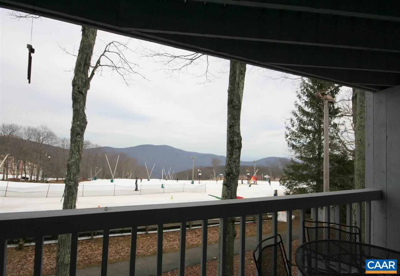 215 TIMBERS CONDOS 215, WINTERGREEN RESORT, VA 22958