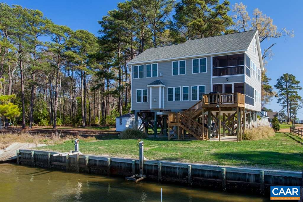 Single Family Home for Sale at 3 CARDINAL Trail 3 CARDINAL Trail Deltaville, Virginia 23043 United States