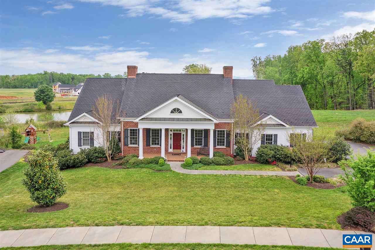 Additional photo for property listing at 6423 WOODBOURNE Lane  Crozet, Virginia 22932 United States