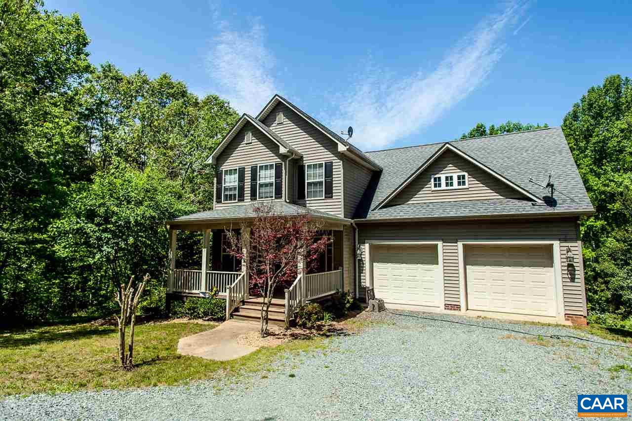 Single Family Home for Sale at 6468 ESMONT Road Keene, Virginia 22946 United States