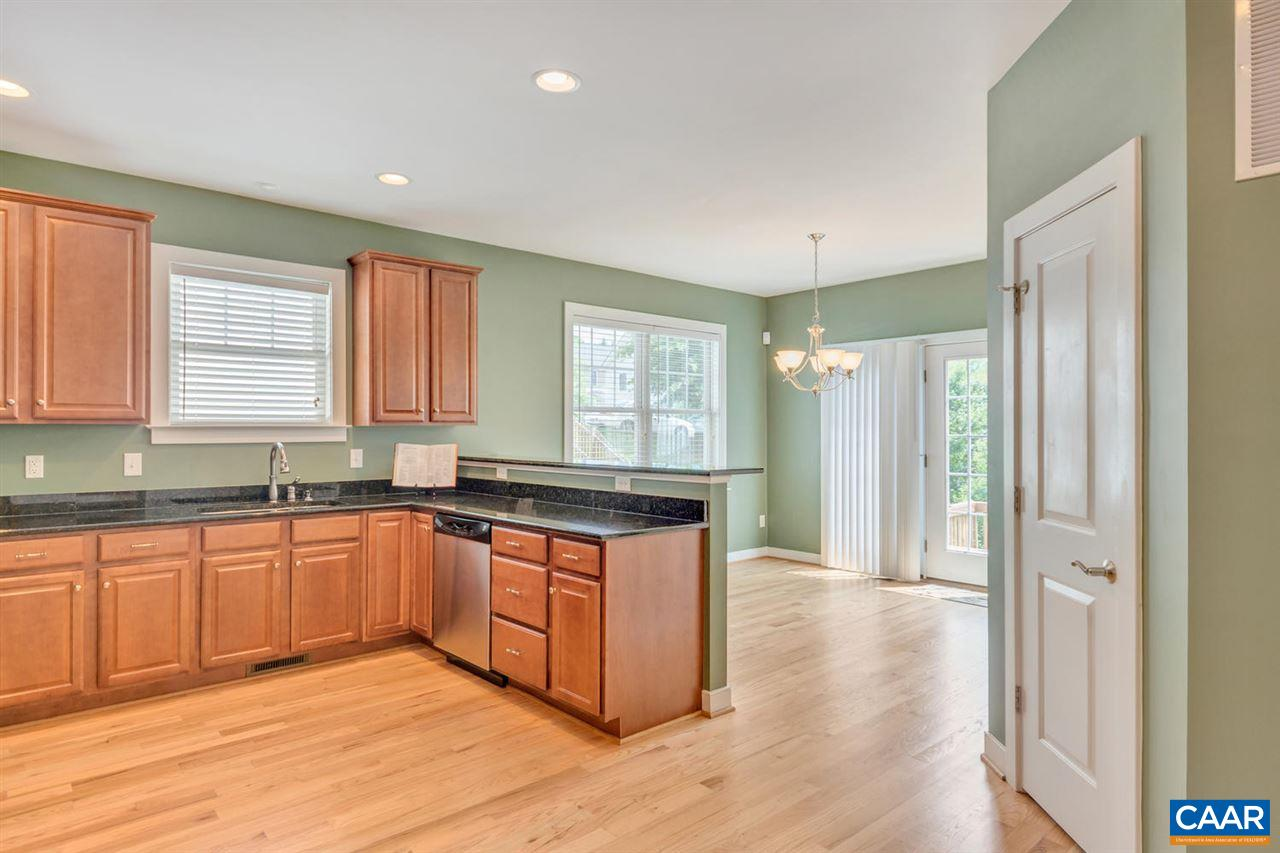 196 brookwood dr charlottesville virginia 22902 the for Brookwood kitchen cabinets