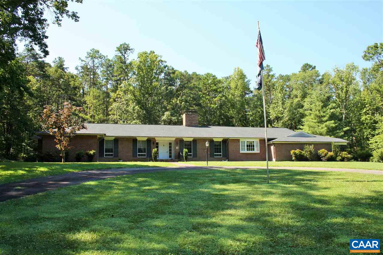 Single Family Home for Sale at 9549 FREDERICKS HALL Road Mineral, Virginia 23117 United States