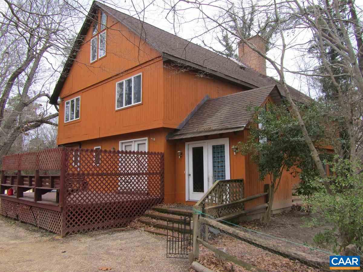 Single Family Home for Sale at 907 CARLTON Road 907 CARLTON Road Wake, Virginia 23176 United States