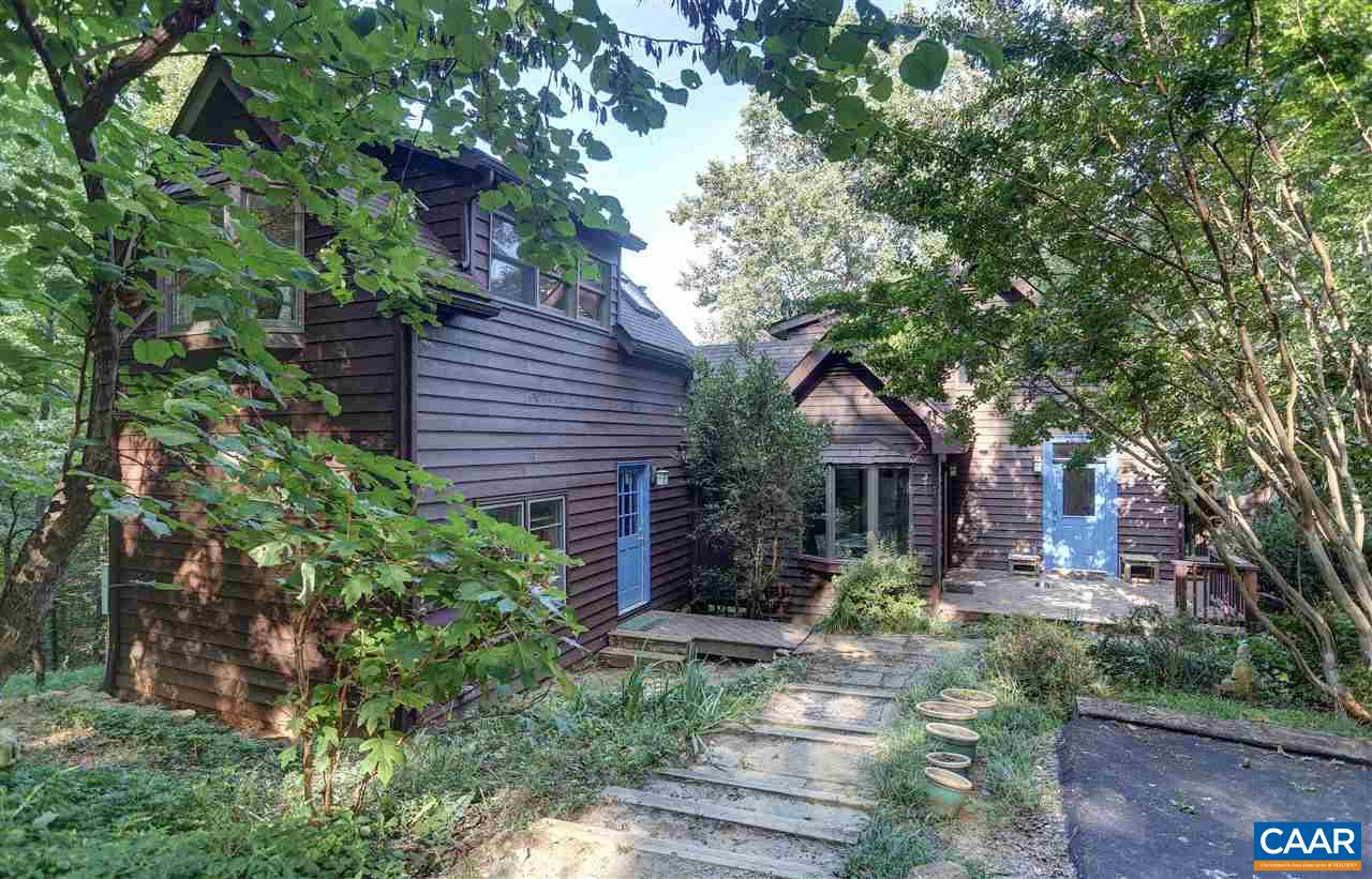 Single Family Home for Sale at 3314 OLD ROBERTS MOUNTAIN Road 3314 OLD ROBERTS MOUNTAIN Road Faber, Virginia 22938 United States