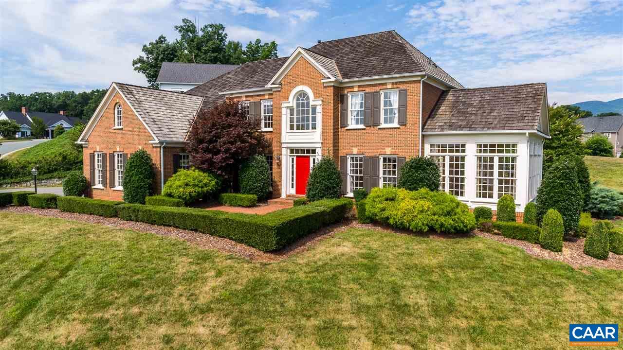 Casa Unifamiliar por un Venta en 6406 WOODBOURNE Lane Crozet, Virginia 22932 Estados Unidos