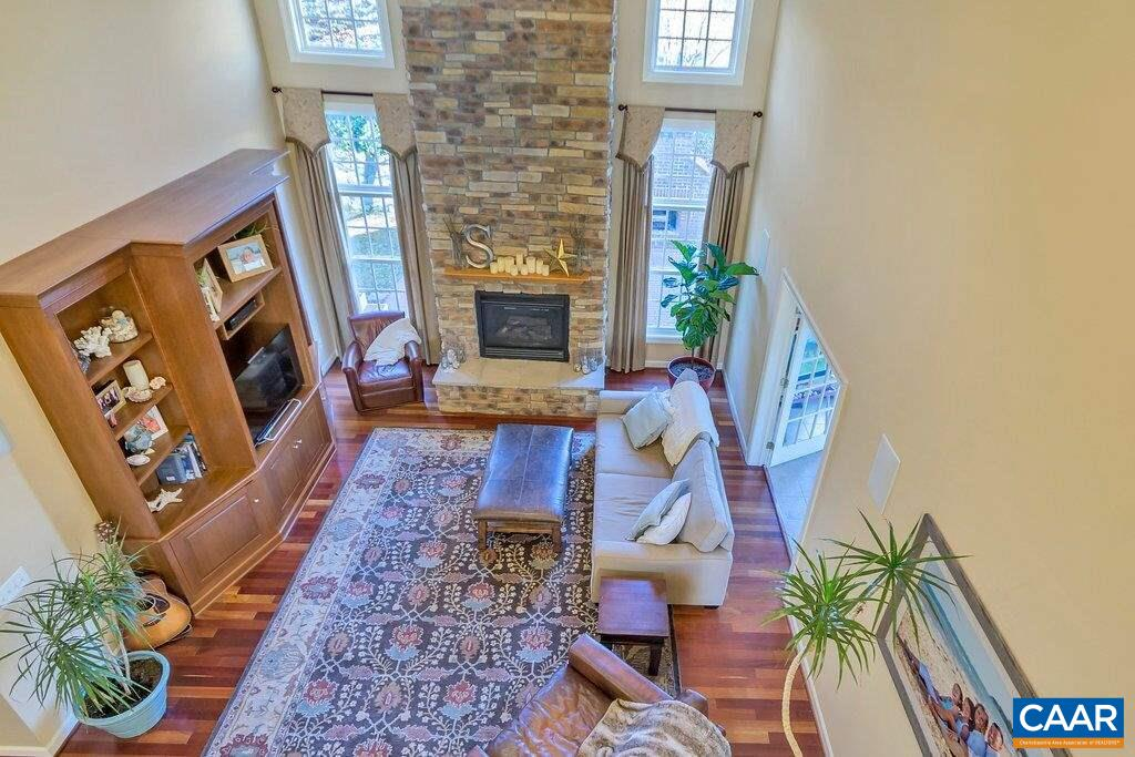 Additional photo for property listing at 6406 WOODBOURNE Lane  Crozet, Virginia 22932 United States