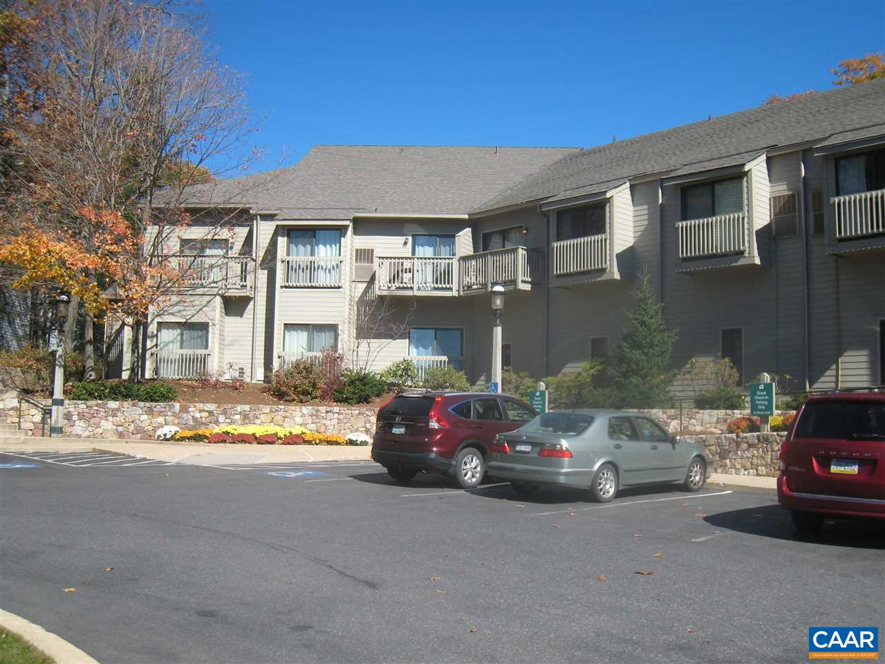 178 MOUNTAIN INN CONDOS, WINTERGREEN RESORT, VA 22958