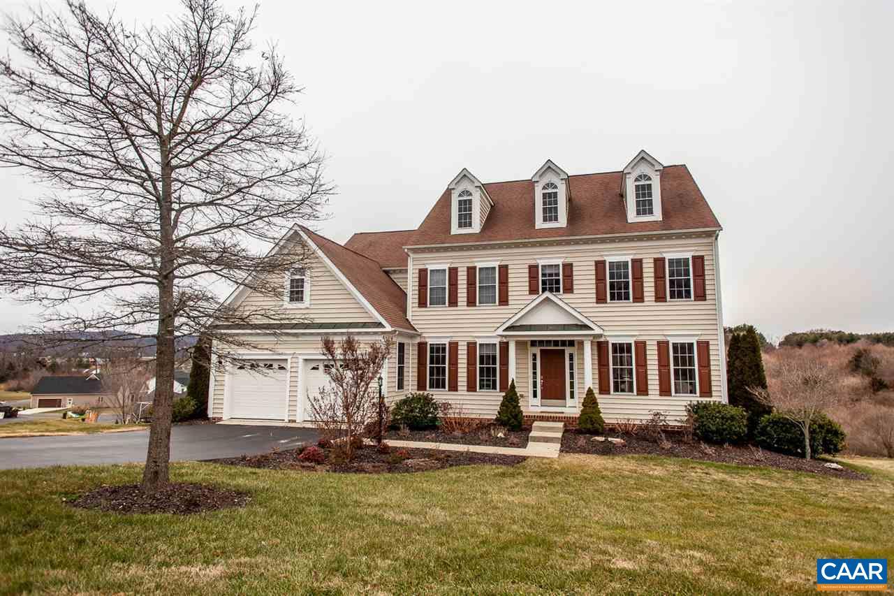 Single Family Home for Sale at 216 CLAYBROOK Drive Waynesboro, Virginia 22980 United States