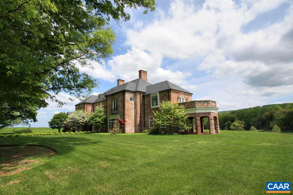Single Family Home for Sale at 5785 STONY POINT Road Barboursville, Virginia 22923 United States