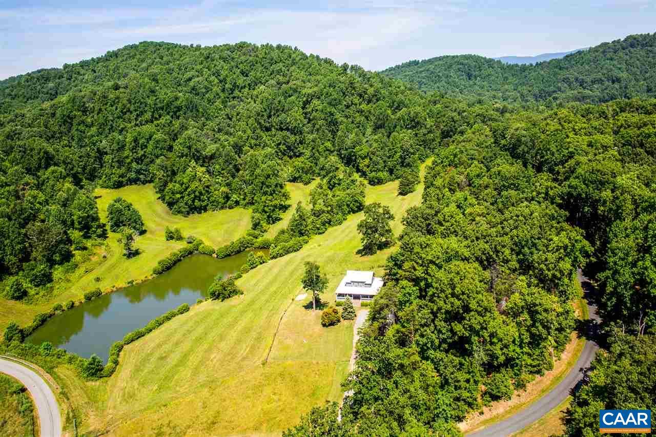 Single Family Home for Sale at 411 QUARTZ HILL Lane 411 QUARTZ HILL Lane North Garden, Virginia 22959 United States