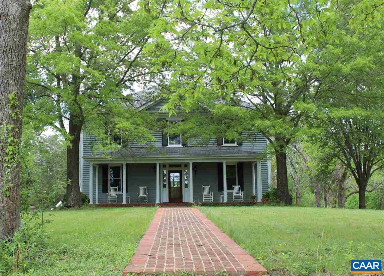 Single Family Home for Sale at 383 FAWN LAKE Lane Palmyra, Virginia 22963 United States