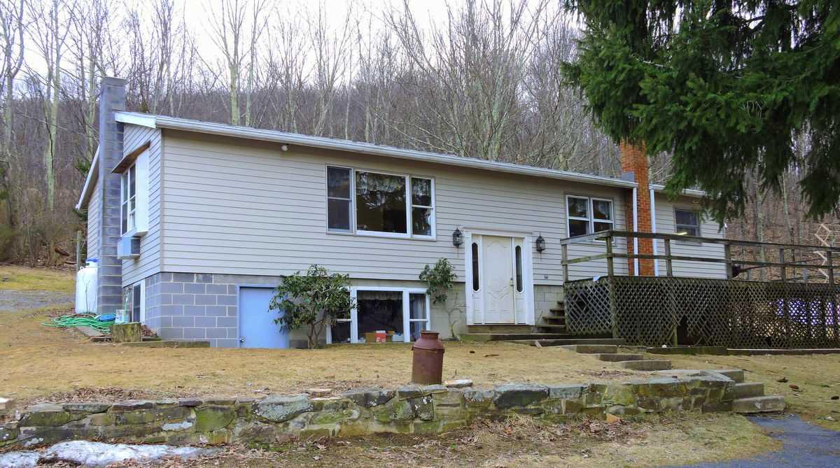 620 N RICH HILLS RD, MONTEREY, VA 24465