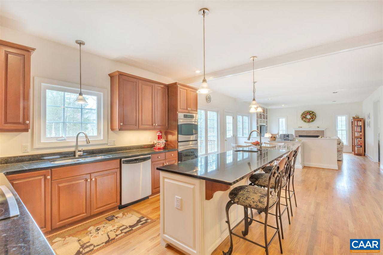 520 TANAGER WOODS CT, EARLYSVILLE, VA 22936