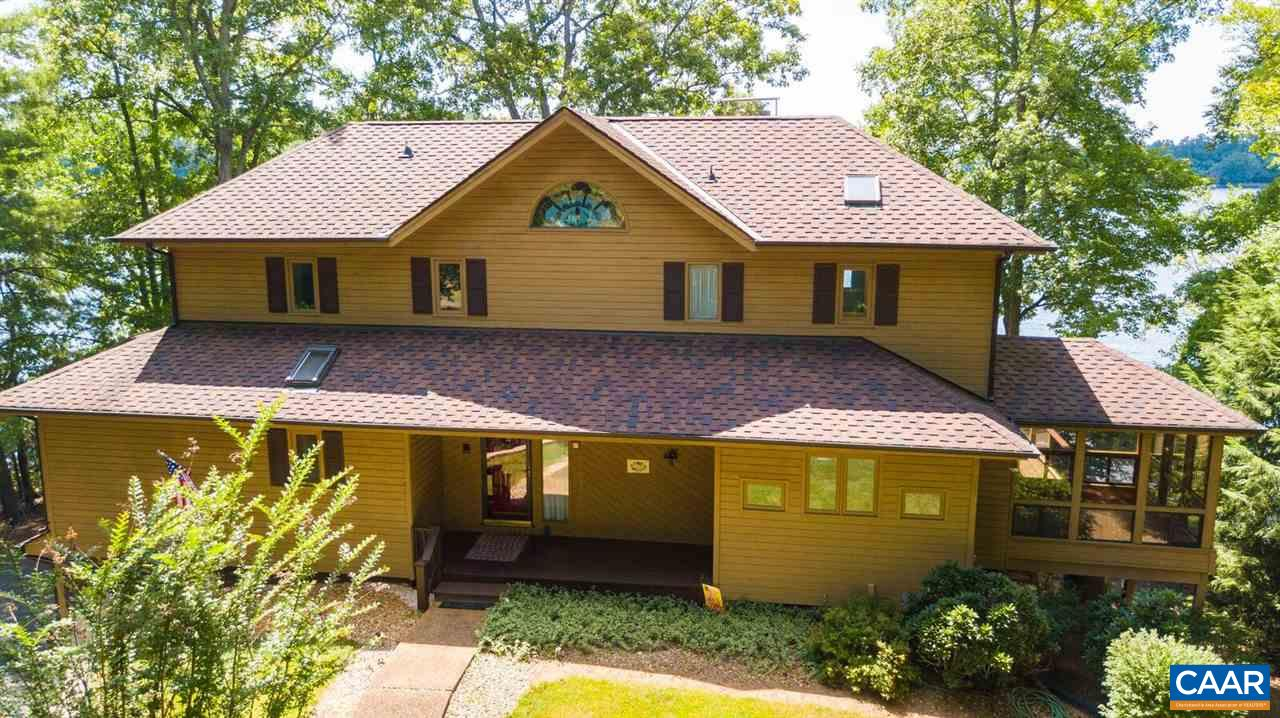 Single Family Home for Sale at 7 DEEPWATER PT Palmyra, Virginia 22963 United States