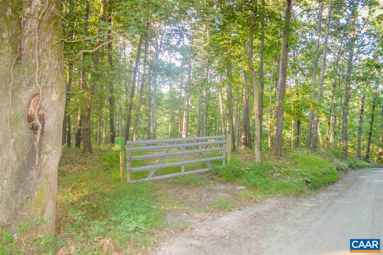 Land for Sale at 3239 FOX MOUNTAIN Road Crozet, Virginia 22932 United States