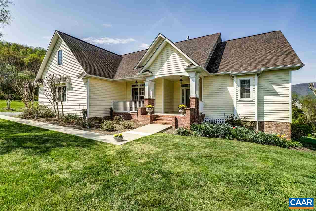 32 LEXINGTON CT, STANARDSVILLE, VA 22973