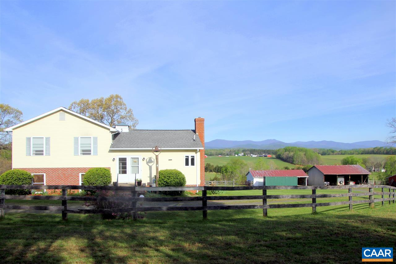Single Family Home for Sale at 1005 TOM JOHNSTON Road Aroda, Virginia 22709 United States