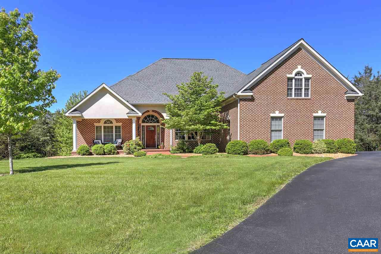 Single Family Home for Sale at 19 CREEKSIDE Court Ruckersville, Virginia 22968 United States