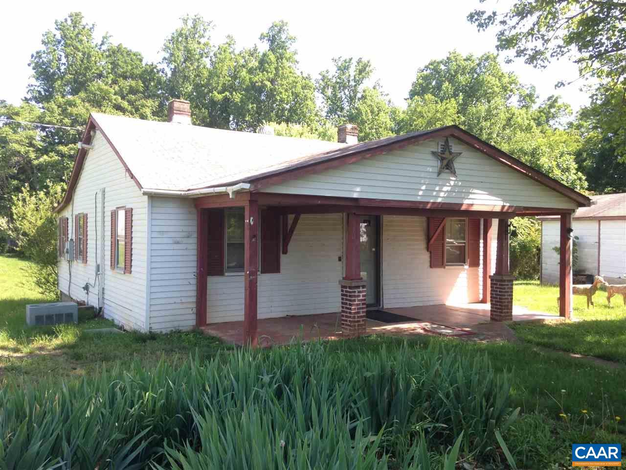 189 FREDERICKSBURG RD, RUCKERSVILLE, VA 22968