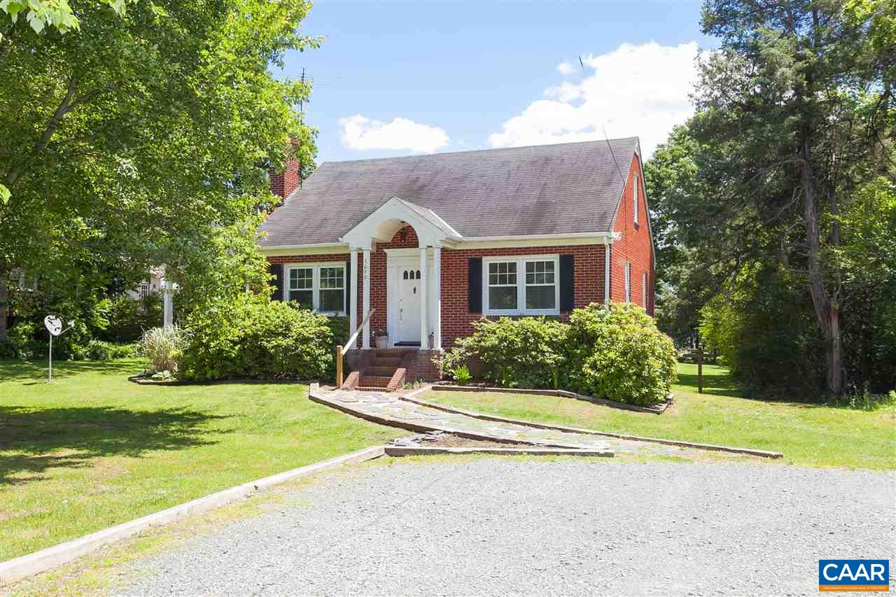 Single Family Home for Sale at 5090 JAMES MADISON HWY Fork Union, Virginia 23055 United States