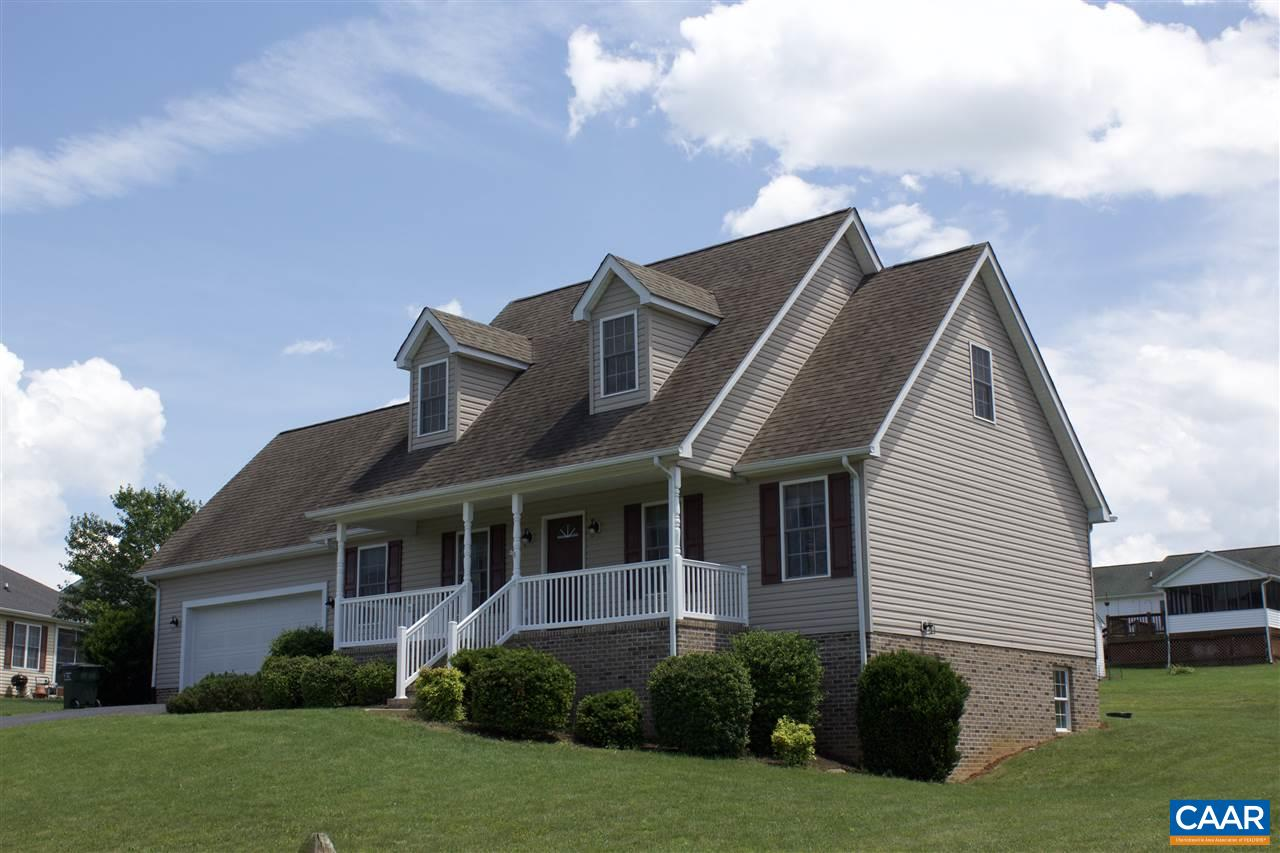 14 SUMMER RIDGE DR, STUARTS DRAFT, VA 24477