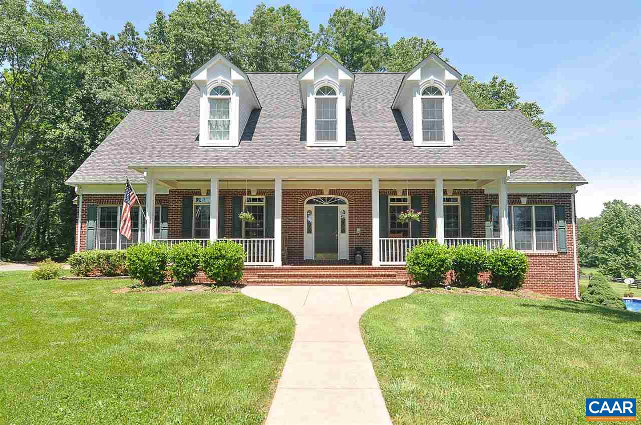 Single Family Home for Sale at 165 JACKS SHOP Road Rochelle, Virginia 22738 United States