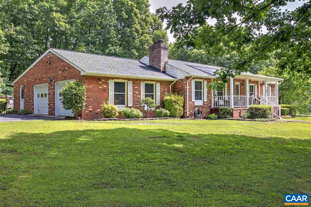 Single Family Home for Sale at 302 E FIFTH Street Mineral, Virginia 23117 United States