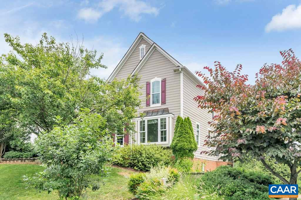 Single Family Home for Sale at 2031 VISTA VIEW Lane Crozet, Virginia 22932 United States