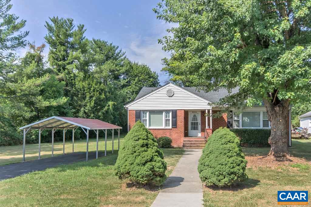 Single Family Home for Sale at 2004 CHASE Avenue Waynesboro, Virginia 22980 United States