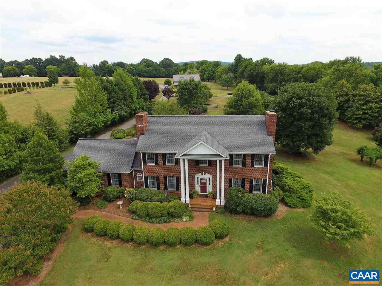 10102 JACKSONTOWN RD, SOMERSET, VA 22972