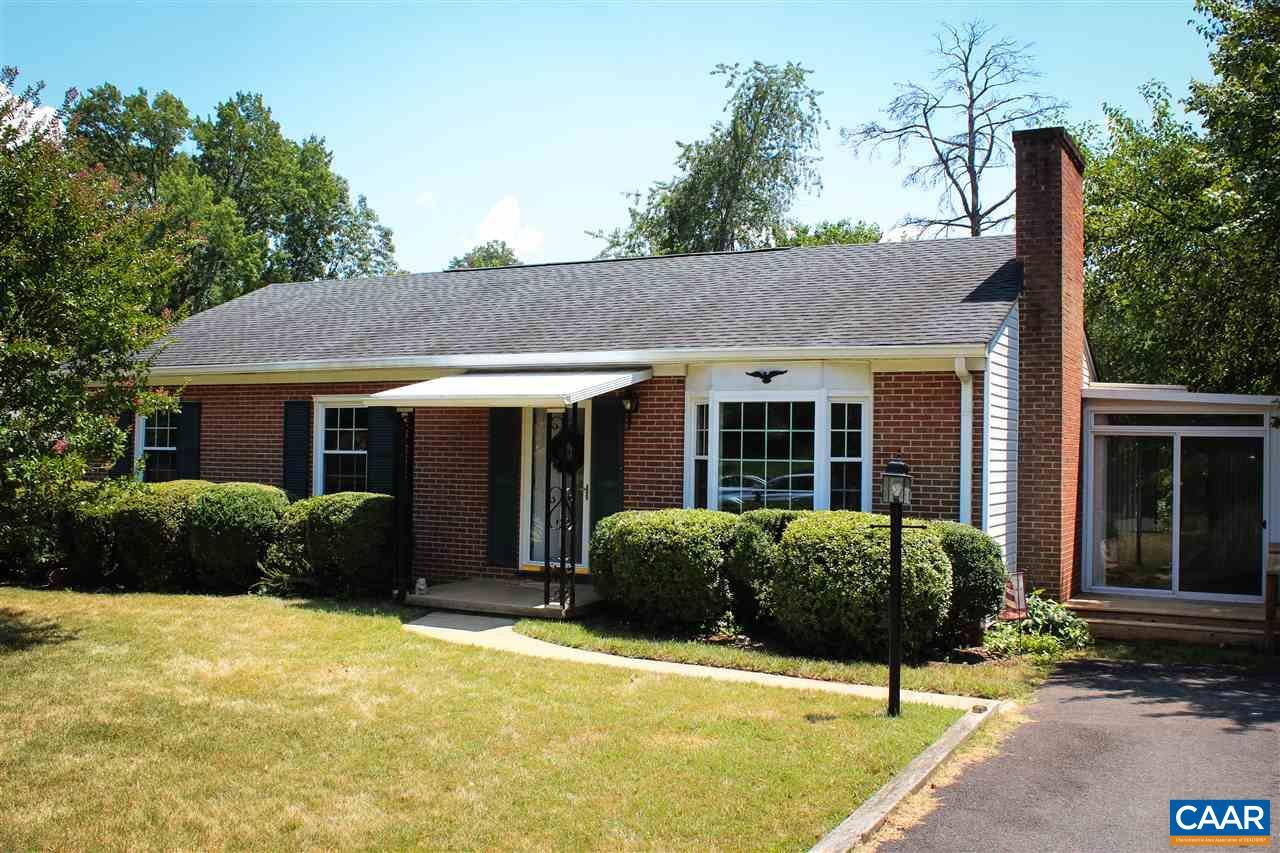 320 BRENTWOOD DR, CHARLOTTESVILLE, VA 22901