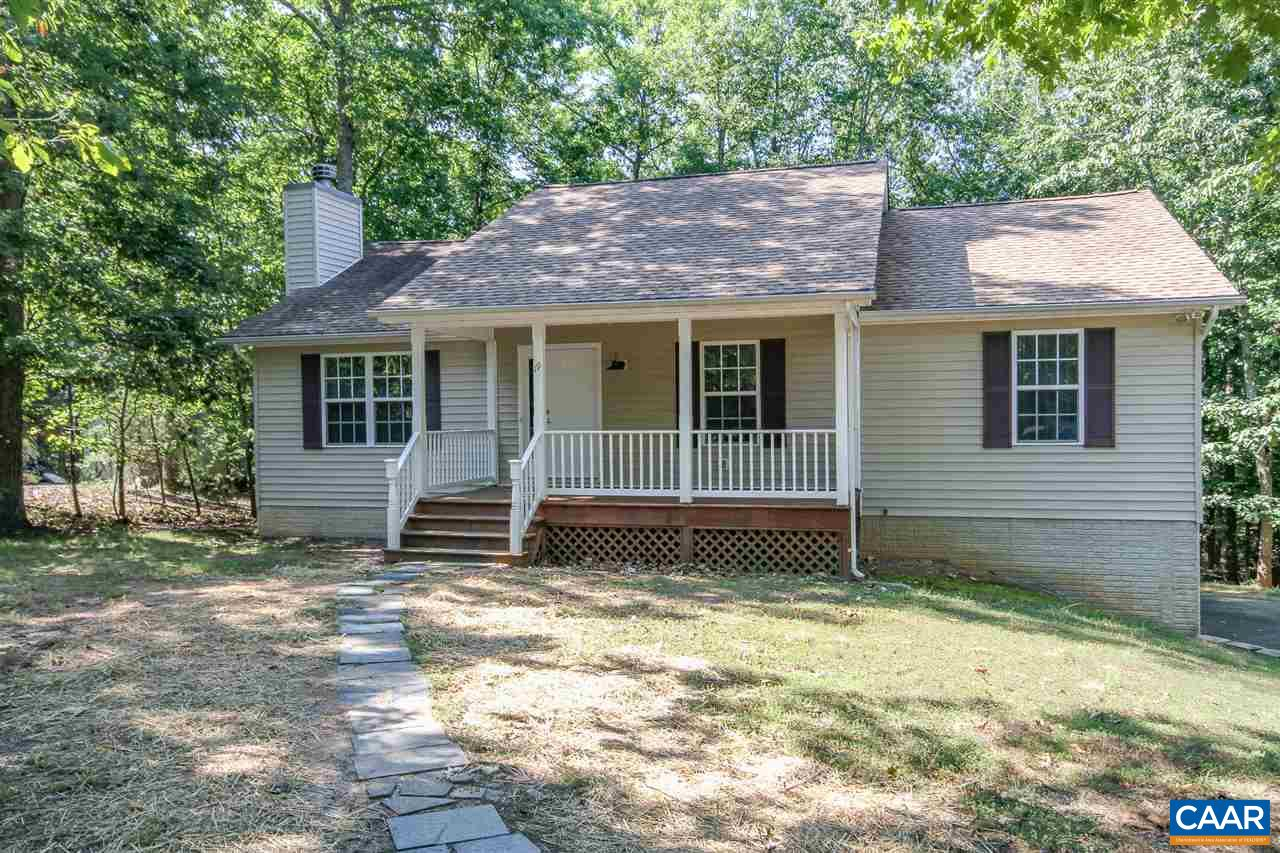 19 KINGSWOOD RD, PALMYRA, VA 22963
