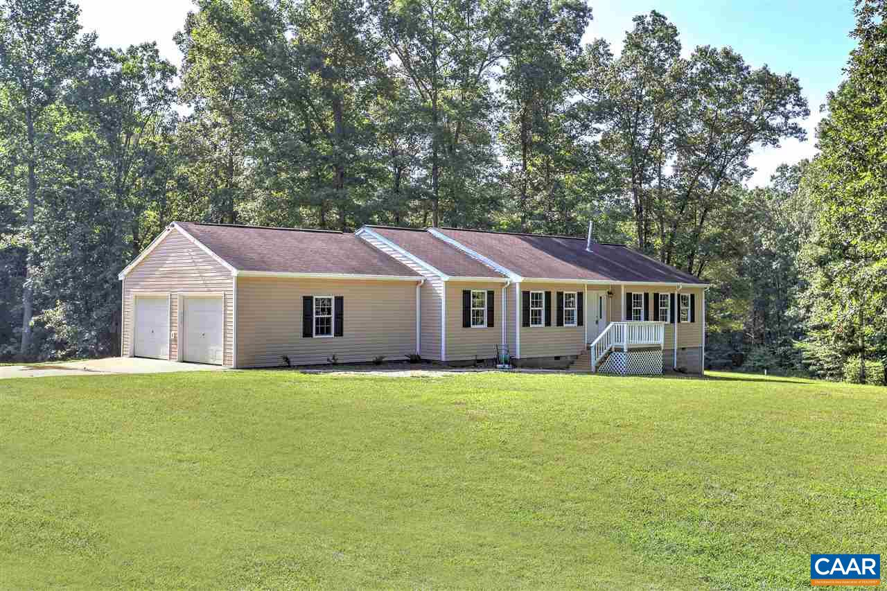 Single Family Home for Sale at 2252 CEDAR HILL Road 2252 CEDAR HILL Road Mineral, Virginia 23117 United States