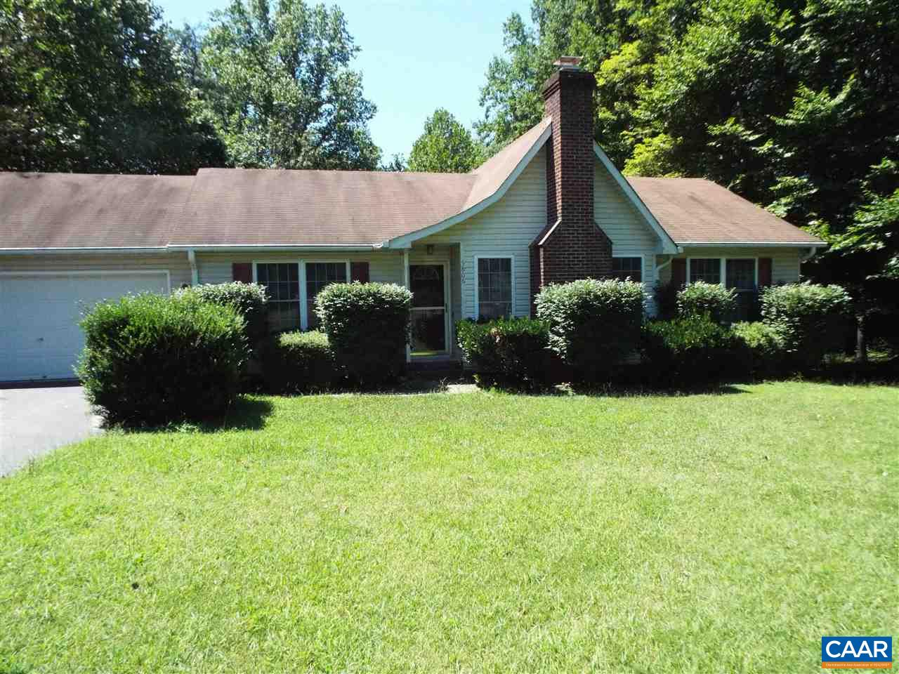 Single Family Home for Sale at 5806 DOGWOOD TREE Lane 5806 DOGWOOD TREE Lane Mineral, Virginia 23117 United States