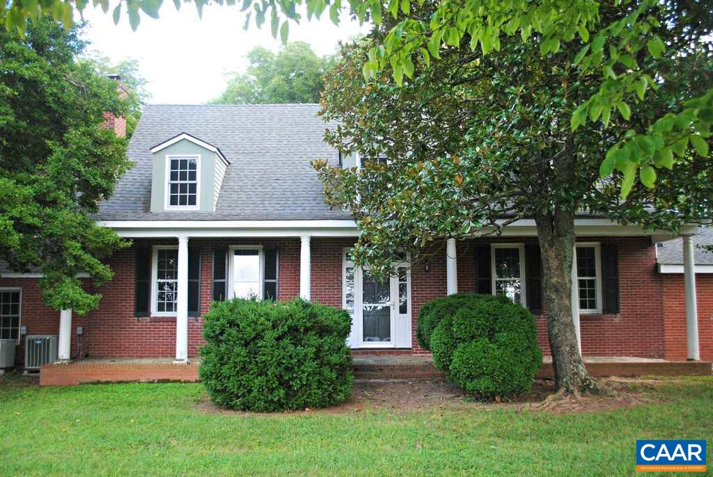 8239 GORDON AVE, GORDONSVILLE, VA 22942