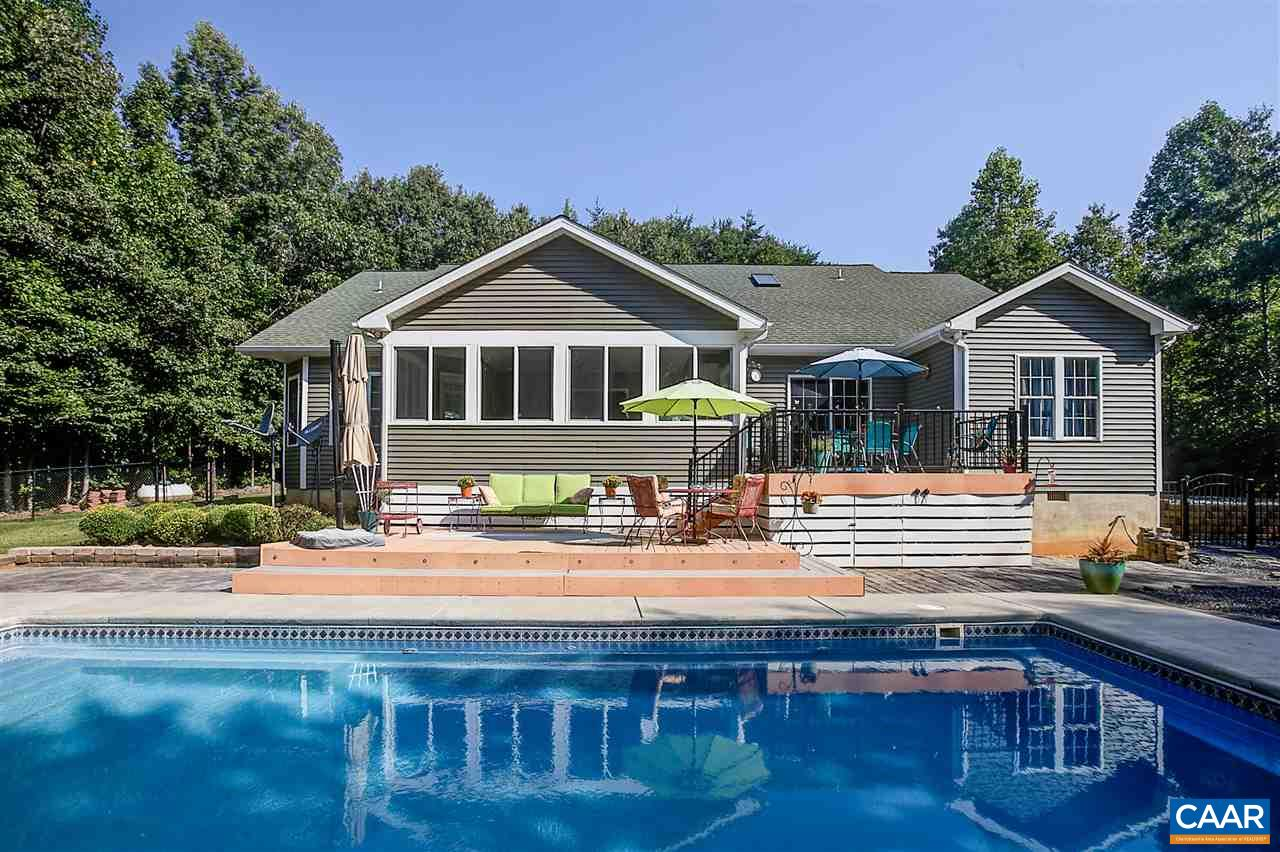 Single Family Home for Sale at 1815 RIVANNA WOODS Drive 1815 RIVANNA WOODS Drive Fork Union, Virginia 23055 United States