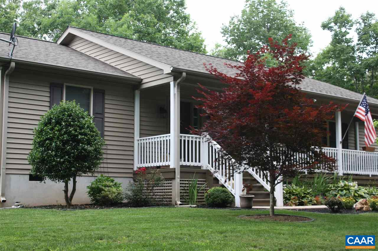 Single Family Home for Sale at 4087 INDIAN CREEK Road 4087 INDIAN CREEK Road Mineral, Virginia 23117 United States