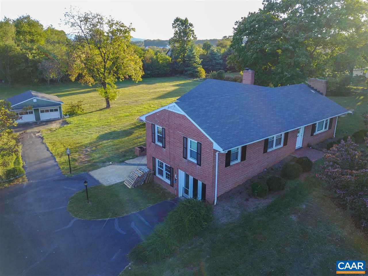 Single Family Home for Sale at 5967 JARMANS GAP Road 5967 JARMANS GAP Road Crozet, Virginia 22932 United States