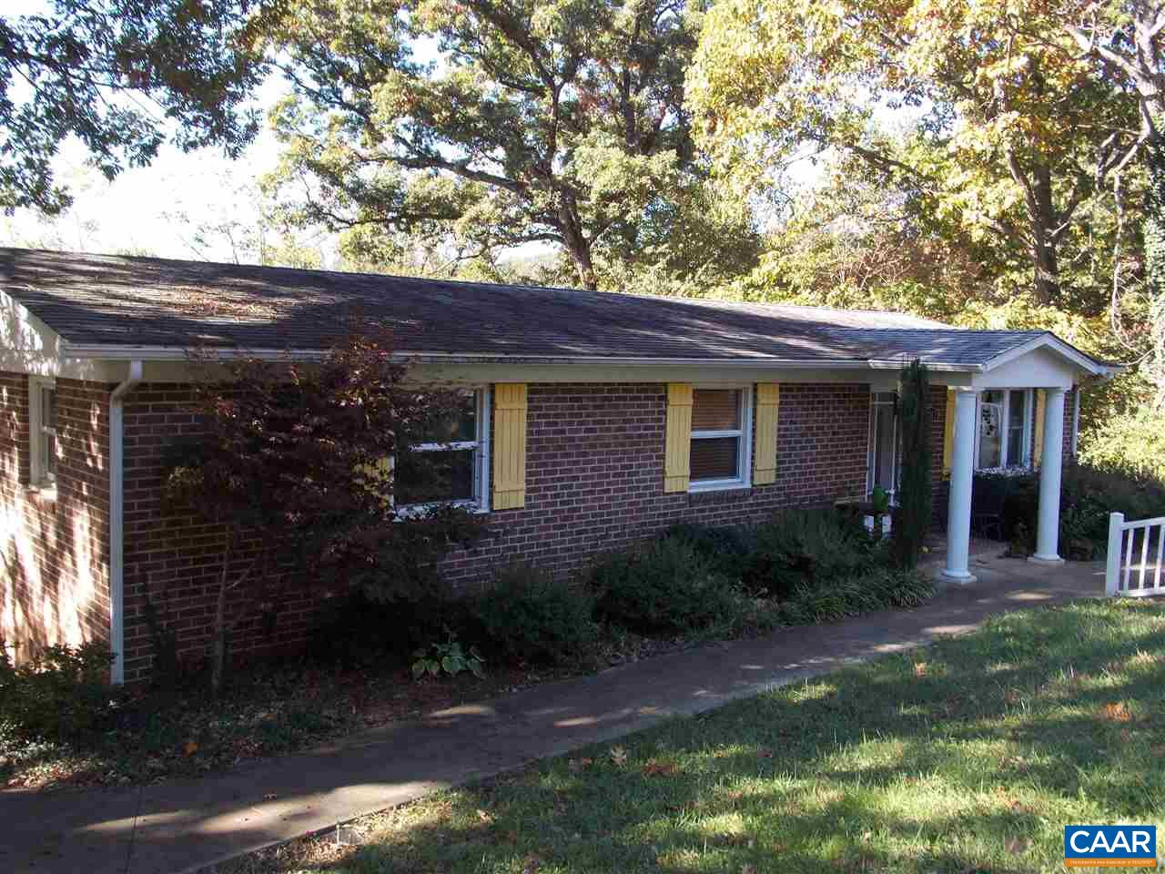 Single Family Home for Sale at 7317 CORVILLE FARM Road 7317 CORVILLE FARM Road Greenwood, Virginia 22943 United States