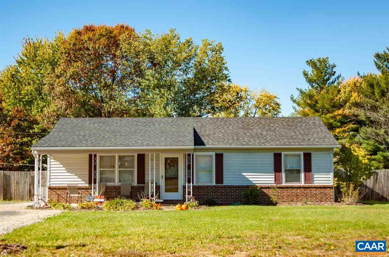 Single Family Home for Sale at 26 BUCKBOARD Road 26 BUCKBOARD Road Waynesboro, Virginia 22980 United States