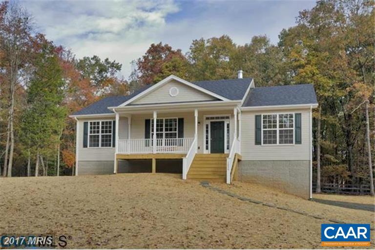 Single Family Home for Sale at 370 THREE CHOPT Road 370 THREE CHOPT Road Kents Store, Virginia 23084 United States