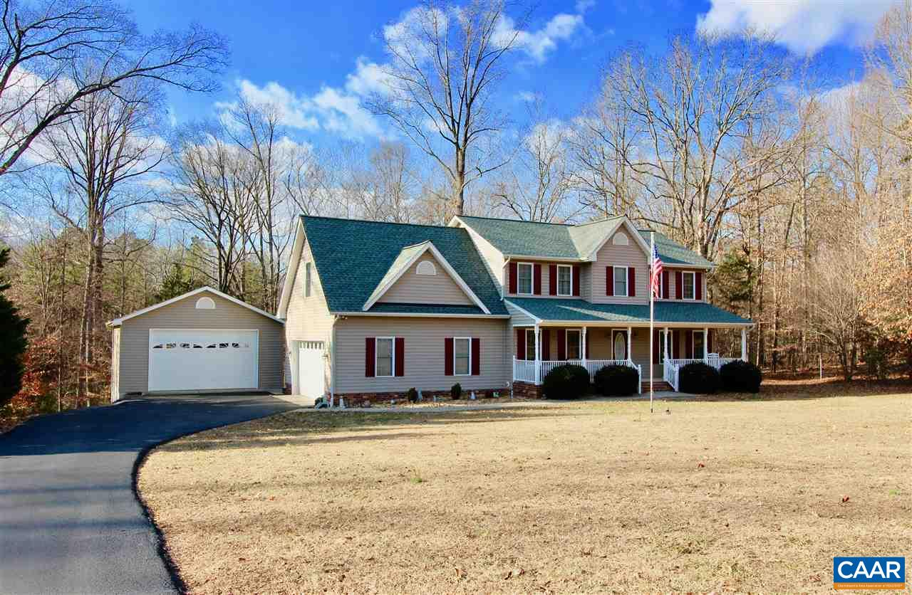 Single Family Home for Sale at 5708 DOGWOOD TREE Lane 5708 DOGWOOD TREE Lane Mineral, Virginia 23117 United States