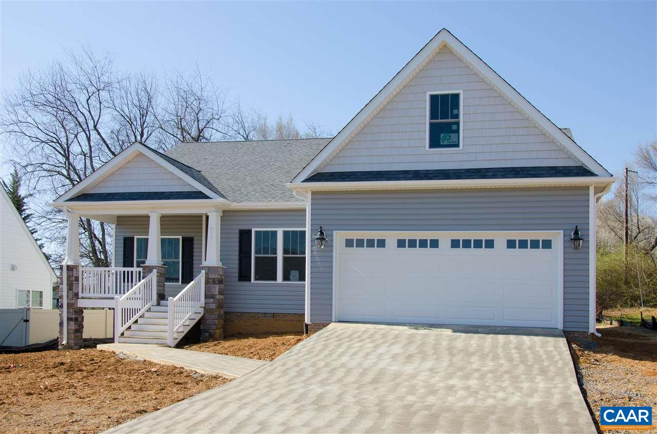 Single Family Home for Sale at 919 BATTERY Road 919 BATTERY Road Waynesboro, Virginia 22980 United States