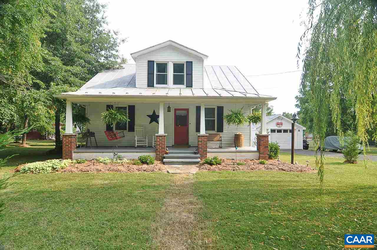 Single Family Home for Sale at 2268 LYNDHURST Road 2268 LYNDHURST Road Waynesboro, Virginia 22980 United States
