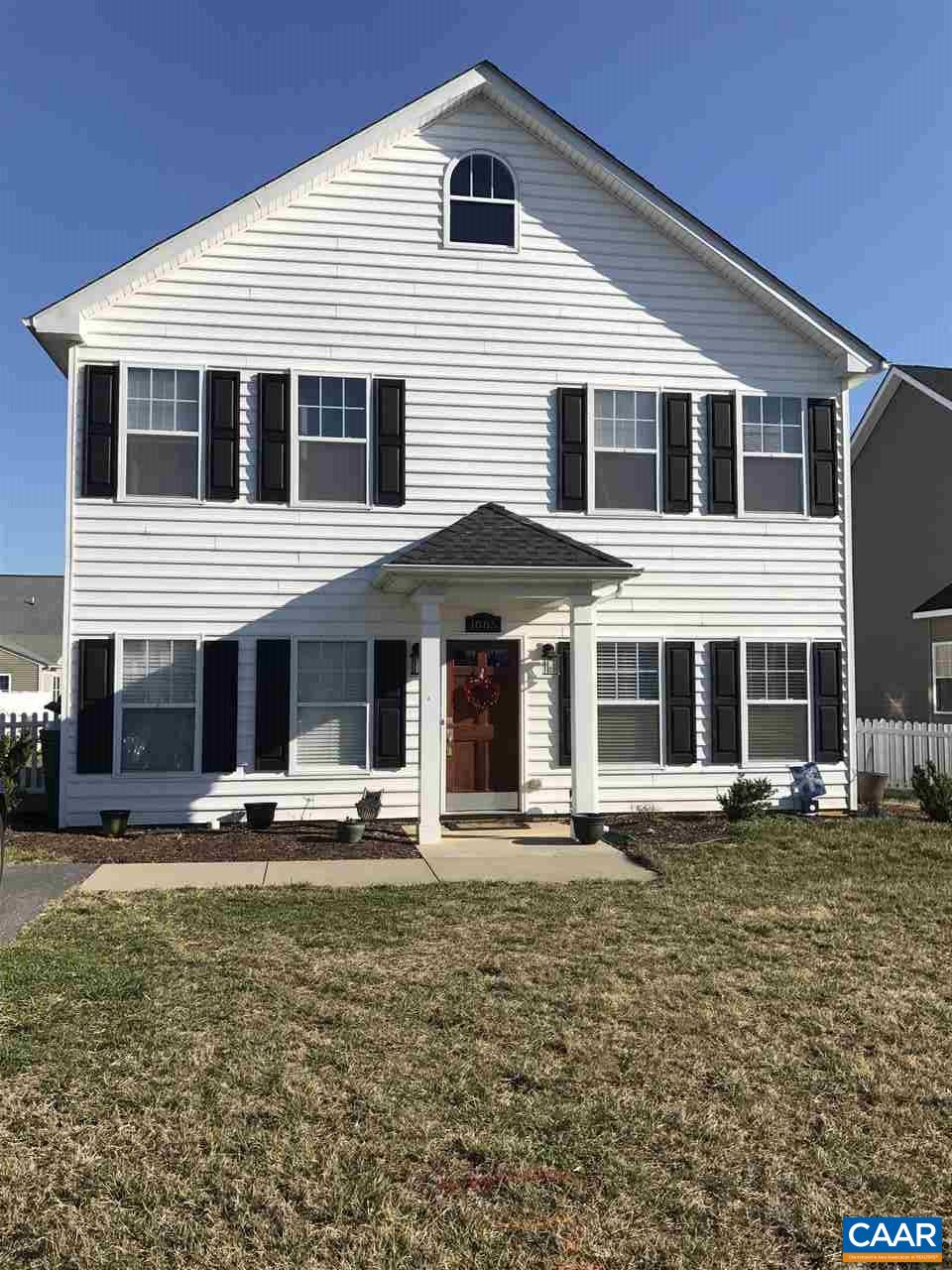 Single Family Home for Sale at 1085 PENDLETON Drive 1085 PENDLETON Drive Waynesboro, Virginia 22980 United States
