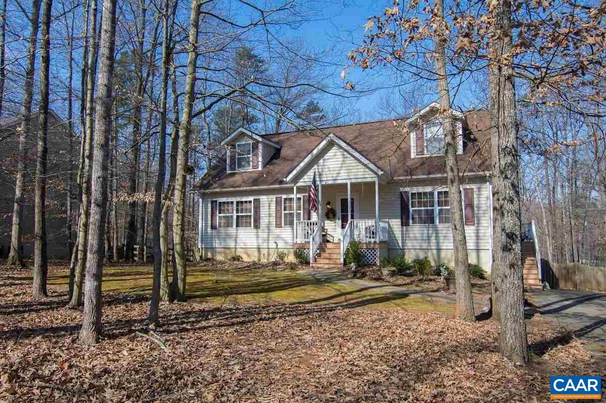 home for sale , MLS #573189, 33 Riverside Dr