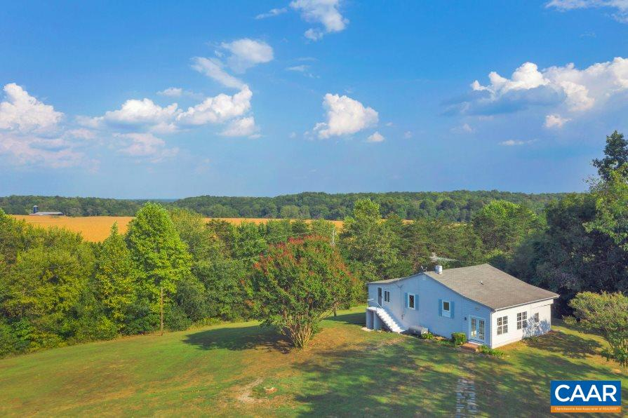 home for sale , MLS #595550, 5072 Scottsville Rd